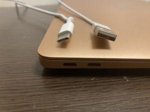 MacBook Air(2020)のUSB